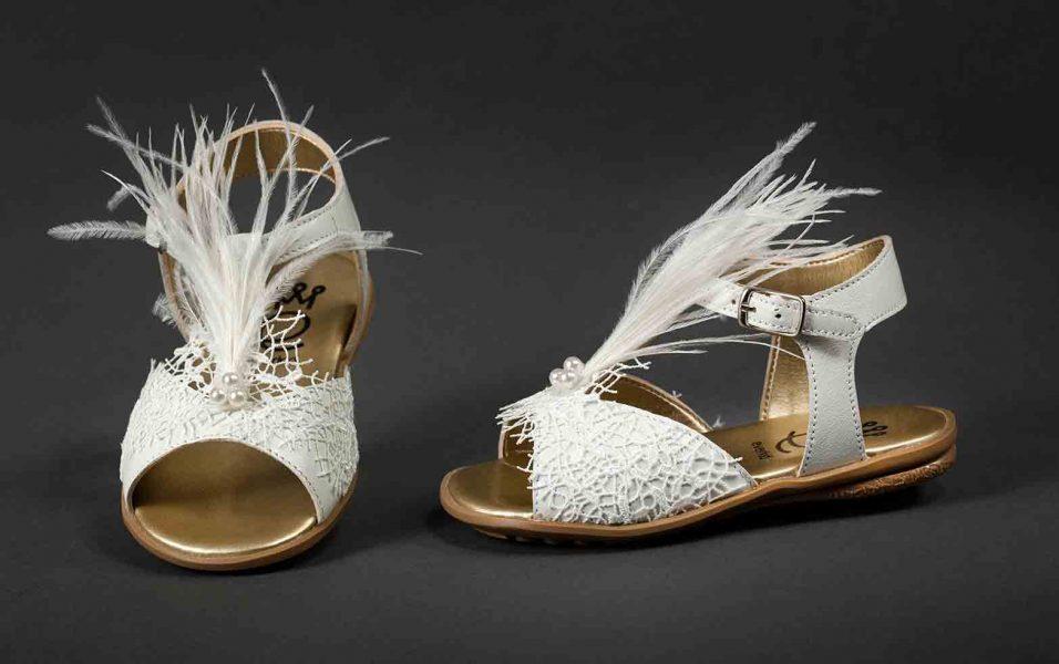 Πέδιλα-Χρυσά-με-φτερά-λευκά-ΠΓ-123