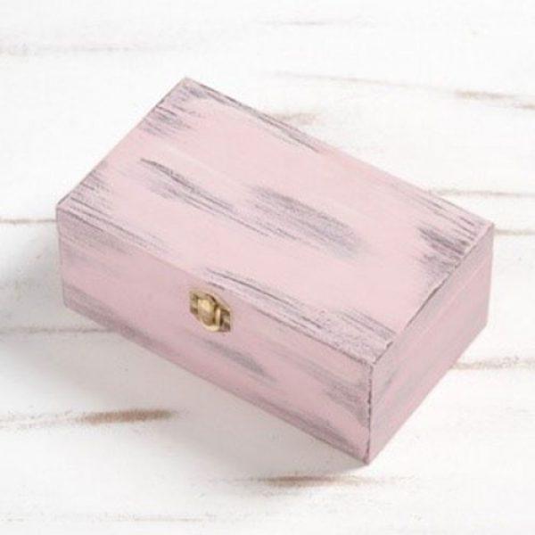 Ροζ-κουτάκι-για-μαρτυρικά-κοσμήματα